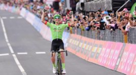 Giro d'Italia 2017, Pierre Rolland vince a Canazei