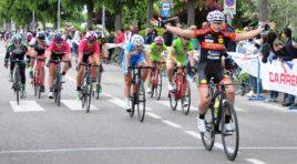 Sprint vincente di Arianna Corino nel Trofeo Carrera Podium