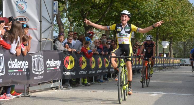 Giro d'Italia Cross, festeggiano Stefano Sala e Sara Casasola