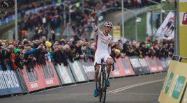 CdM Ciclocross: ad Hoogerheide Mathieu Van Der Poel e Sanne Cant. Lechner seconda