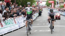 Samuele Battistella supera allo sprint Giovanni Aleotti  nel Giro del Belvedere